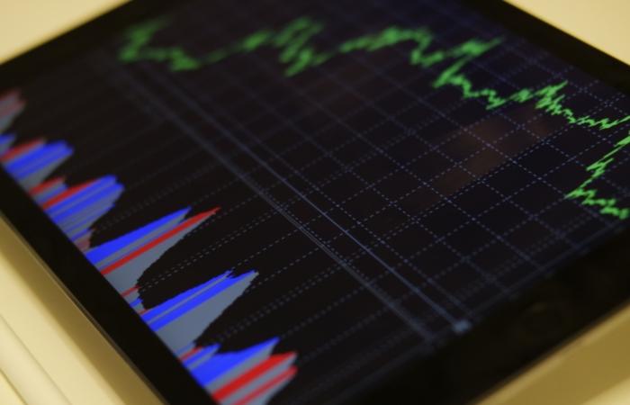 Kinnisvaraportaalides on pakkumiste arv jätkanud tempokat vähenemist