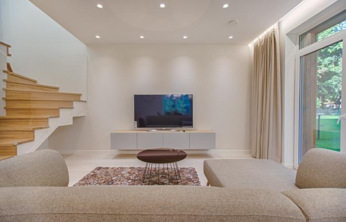 Väike elutuba – nipid, kuidas see suurem paistab