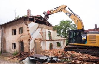 Hoone lammutamine algab paberitööst
