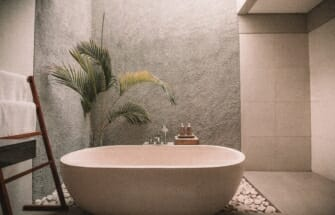 6 ideed, kuidas muuta vannituba mõnusaks koduseks spaaks