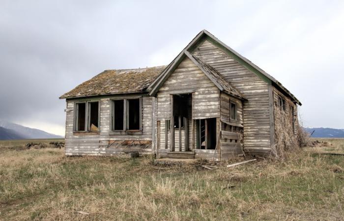 Kas lagunev maja enne kinnistu müüki lammutada või mitte?